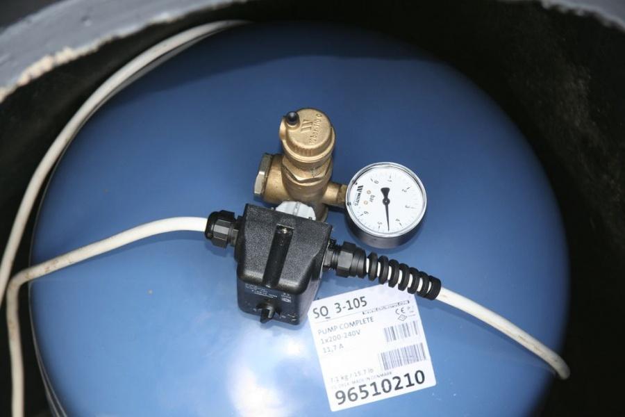 Гидроаккумулятор и реле давления